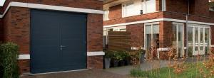 Openslaande garagedeur