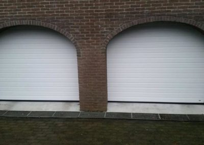 Hörmann garagedeur, S- profilering, Woodgrain in Ral 9016