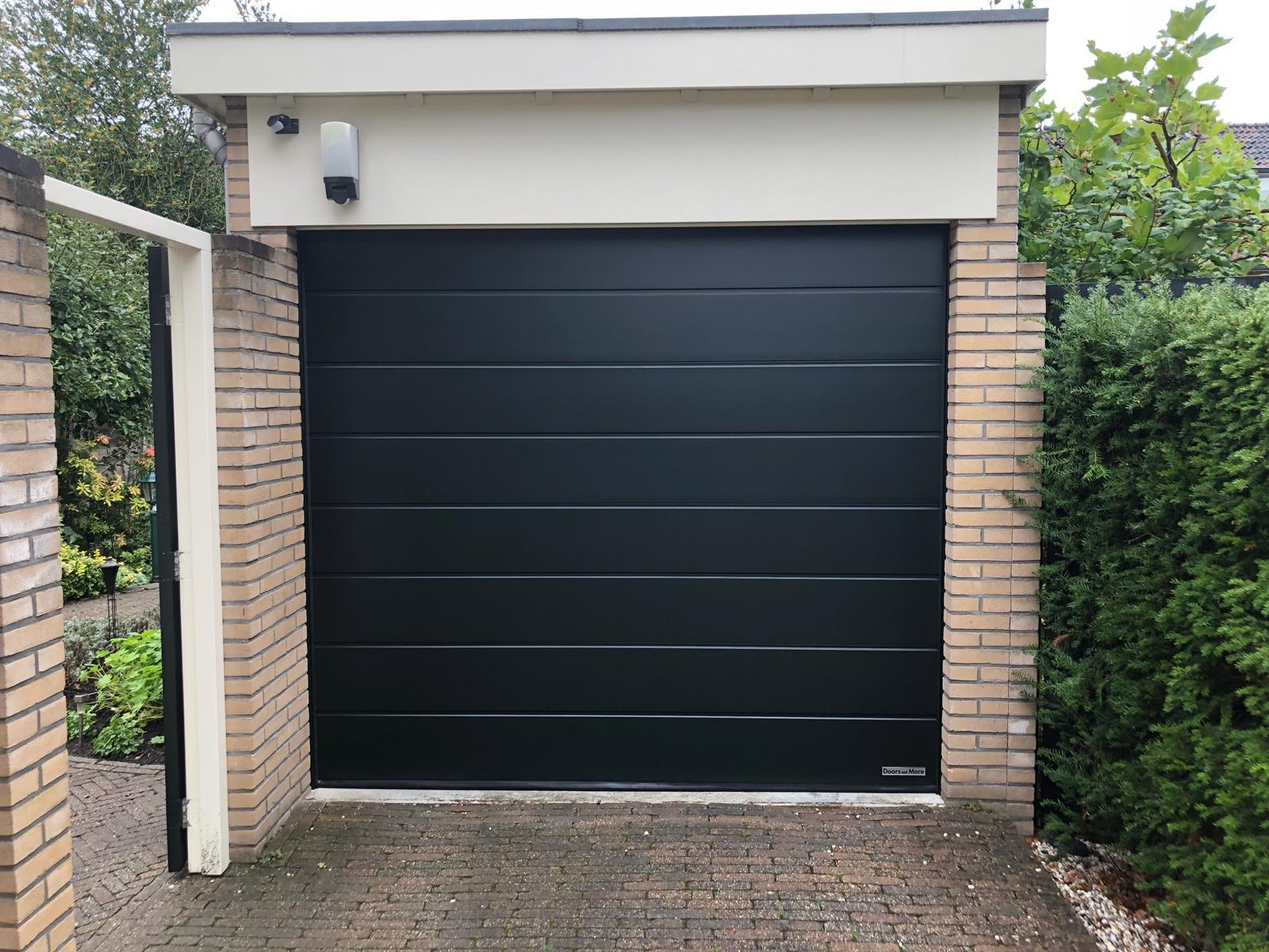 Hormann Elektrische Garagedeur 949 Doors And More In Eemnes